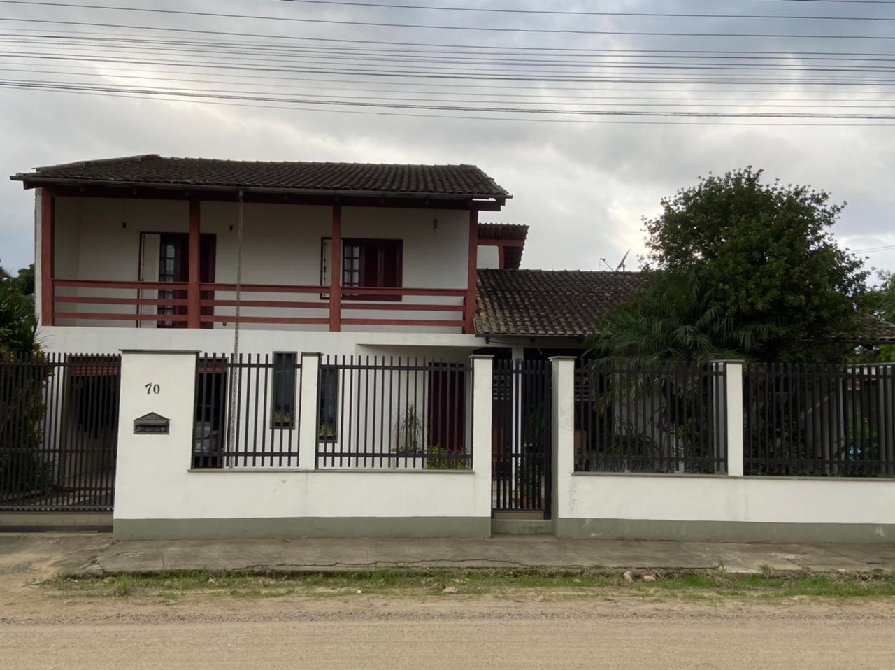 Sobrado à venda em Jaraguá do Sul SC – cód: 1755