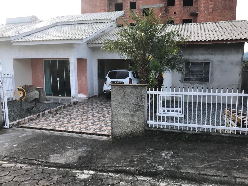 Código: 1884 – Casa – Rau – MI nº 48.826