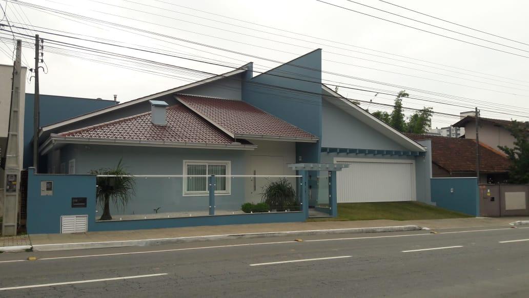 Casa de Alto Padrão à venda em Jaraguá do Sul – Cód. 1914