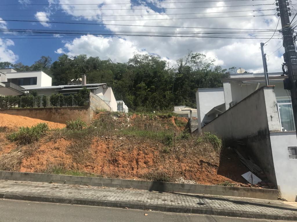 Terreno à venda em Jaraguá do Sul no bairro Amizade – Cód. 3326
