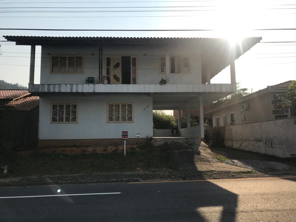Sobrado à venda em Jaraguá do Sul no bairro Ilha da Figueira – Cód. 1921