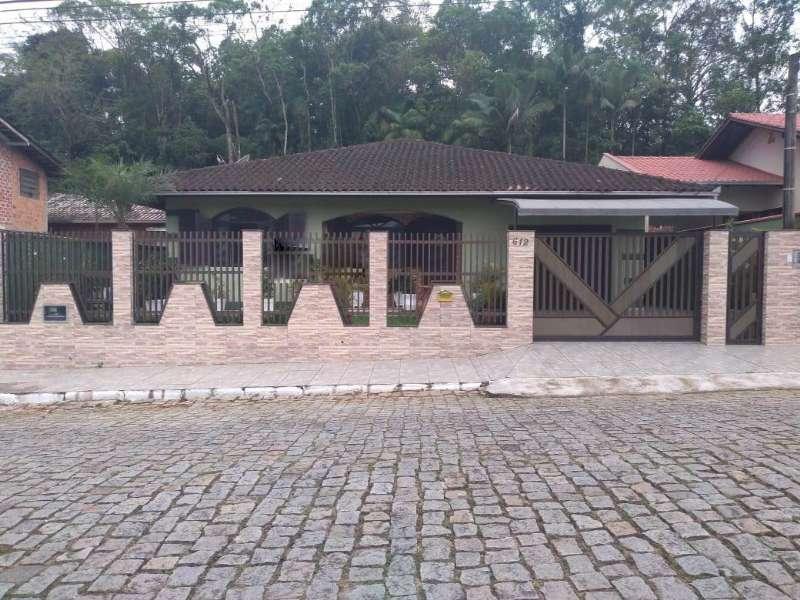 Casa à venda em Jaraguá do Sul no bairro São Luís – Cód. 1933