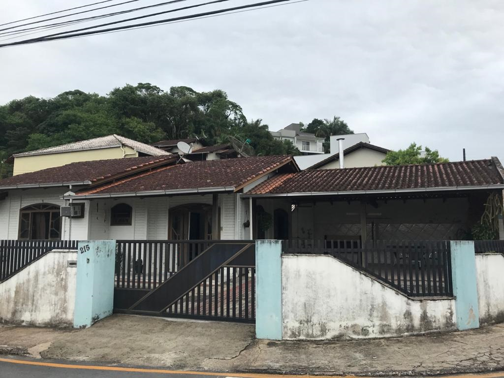 Casa à venda em Jaraguá do Sul no bairro Jaraguá Esquerdo – Cód. 1931