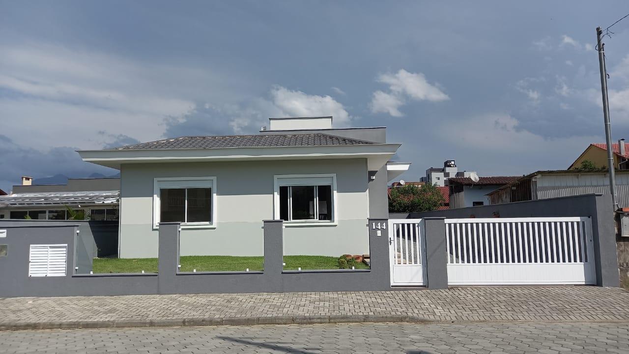 Casa à venda no bairro Rau em Jaraguá do Sul – Cód. 1951