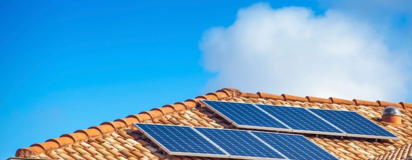 Painéis solares em sua casa economia de energia
