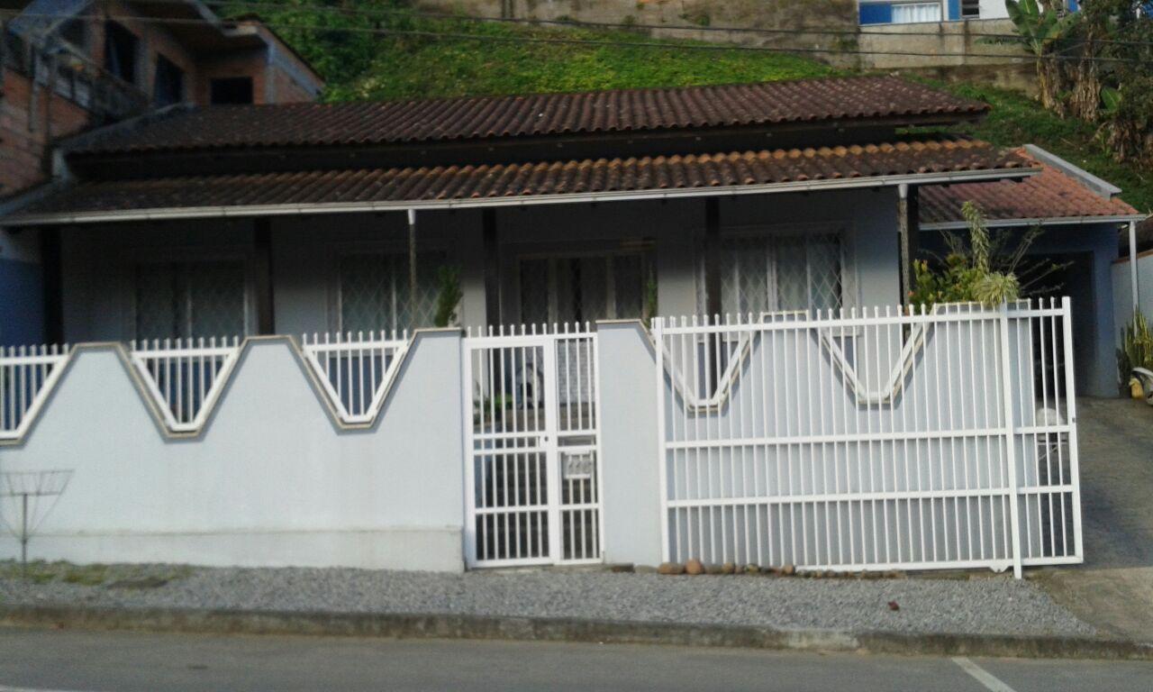 Casa à venda em Jaraguá do Sul – Cód. 1990