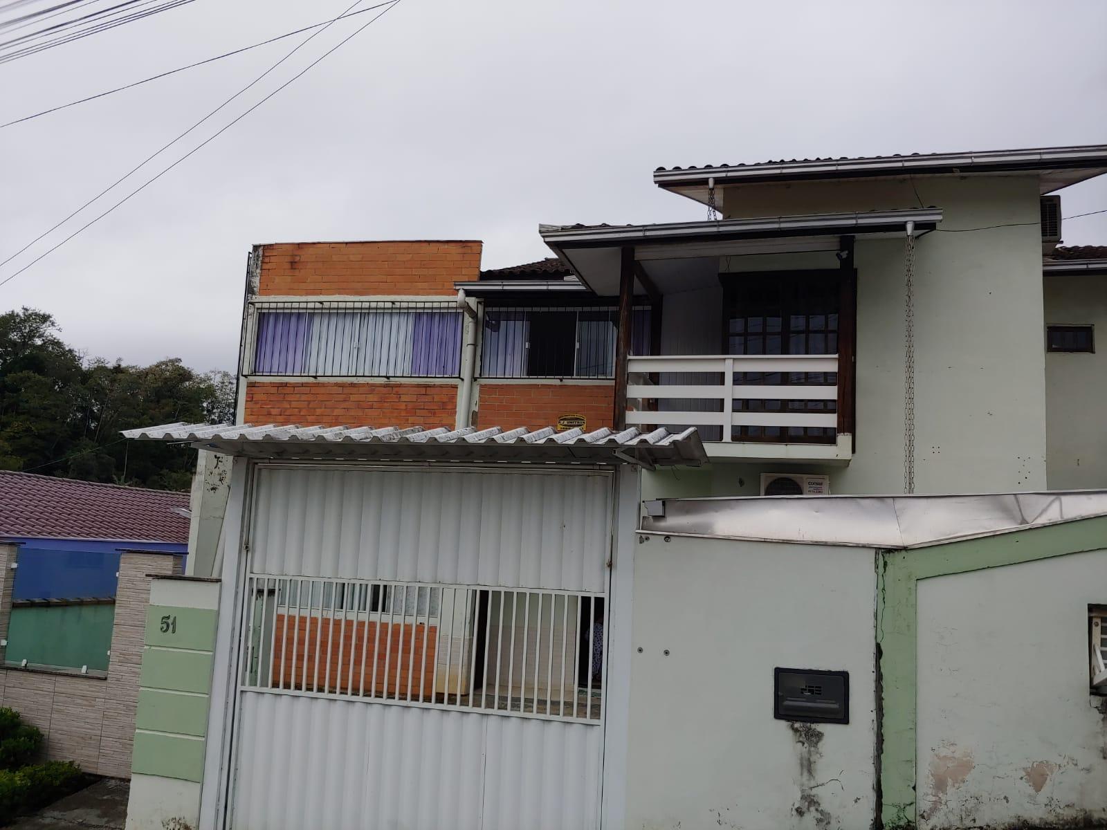 Sobrado à venda em Jaraguá do Sul – cód. 2002
